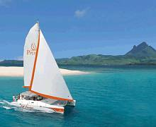 Sailing cruises to Ile Aux Cerf and surrounding Islands