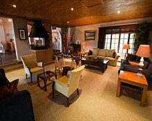 Chestnut Country Lodge Lounge